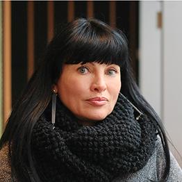 Helena Cvikl, Mba